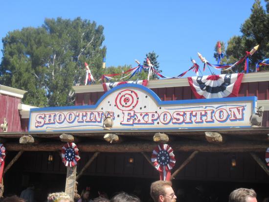 Frontierland Shootin' Exposition