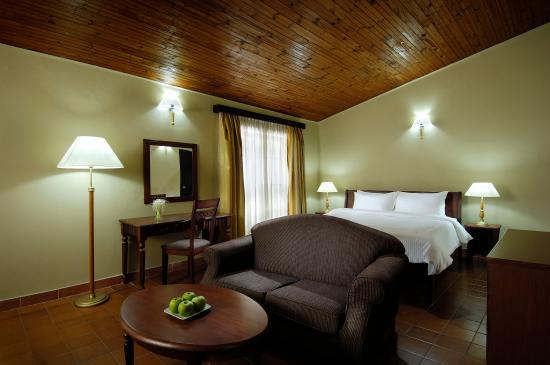 Berjaya Praslin Resort - Seychelles: Deluxe Room - Living Room Interior