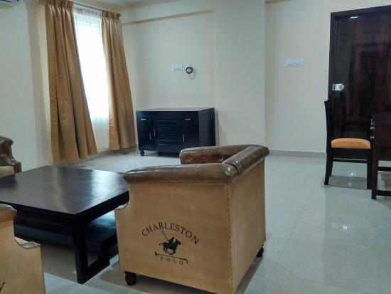 Hotel Raj Vista