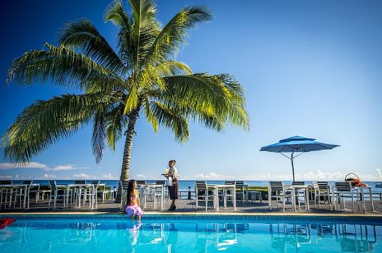 Heritage Park Hotel Honiara: Poolside Sea View