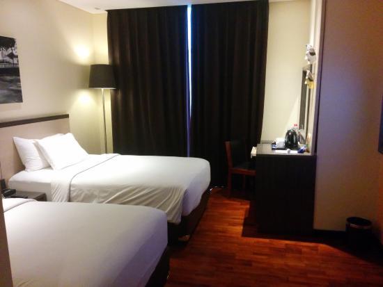 deluxe room picture of the 1o1 malang oj malang tripadvisor rh tripadvisor com