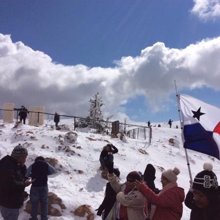 Nabatiyeh Governorate, Λίβανος: En la cima de Monte Hermon