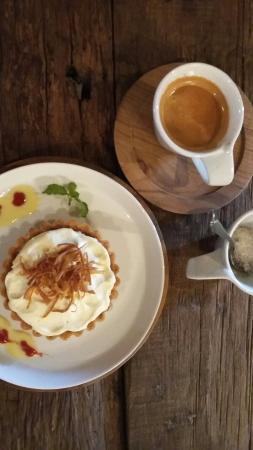 Barong Bridge Cafe