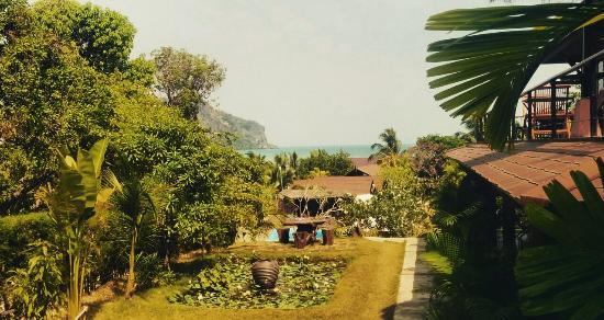 Baan Taranya Resort: IMG_20160318_220801_large.jpg