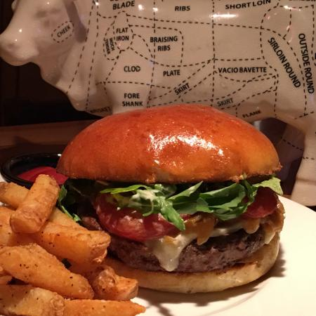 Kings Landing Bistro : King's Burger  8oz Angus Beef, Aged Cheddar, Caramelized Onions, Roasted Tomatoes,  Kings Peak P