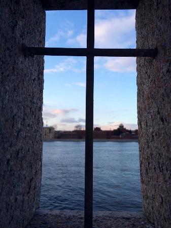 Kresty Prison: вид на кресты