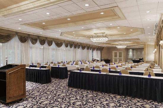 Hilton Woodcliff Lake Crystal Room