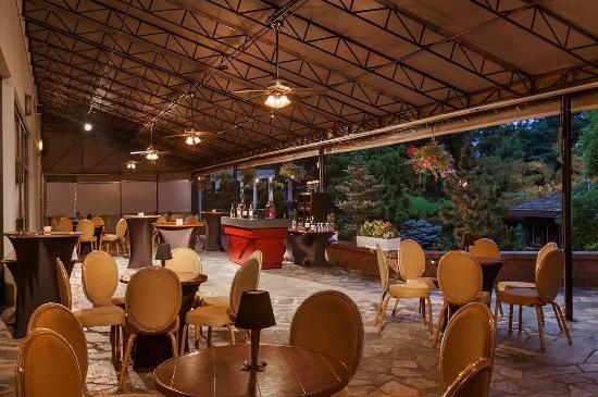 Hilton Woodcliff Lake Upper Terrace Reception