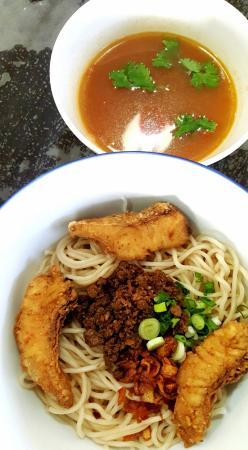 SK Seafood Noodles Restaurant