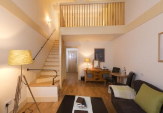 Delphi Resort : Loft Room Downstairs