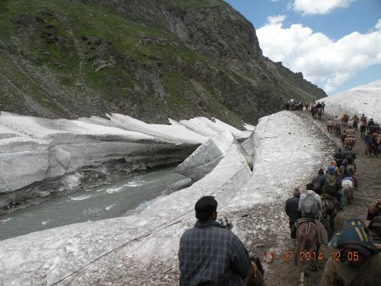 Amarnath Yatra, อินเดีย: One must experience the devinity of nature