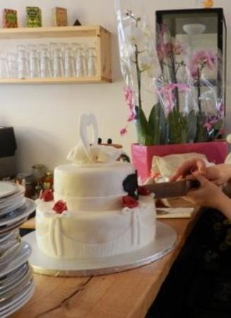 Es War Ausserdem Moglich Eine Eigene Hochzeitstorte Servieren Zu