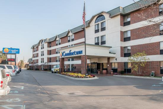 Comfort Inn Near Greenfield Village: Exterior
