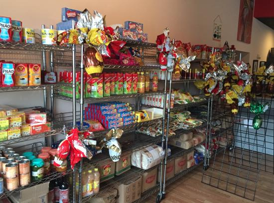 Samba Taste of Brazil: Mini store with Brazilian food