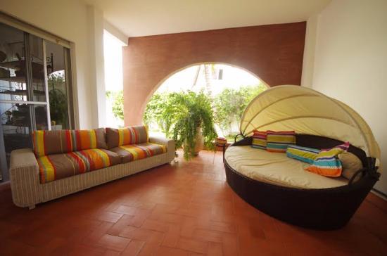 Yoff, Senegal: Espace détente sur le jardin