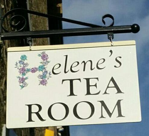 Helene's Tea Room: A place that feels like your going round to your mums for a brew!!