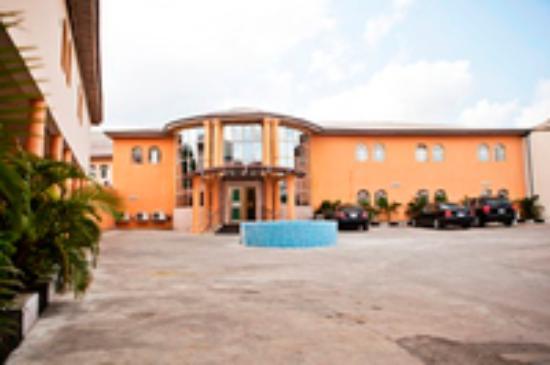 Diplomat Hotel: getlstd_property_photo