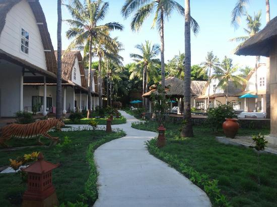 Entrance - Jambuluwuk Oceano Resort Photo