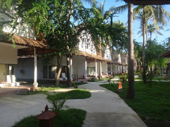 Jambuluwuk Oceano Resort Photo