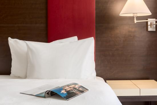 NH Amsterdam Schiphol Airport: Standard Room