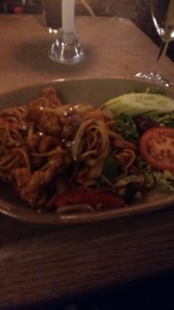 The Three Tuns: Crispy chicken noodles with cashews very tasty and plenty of it