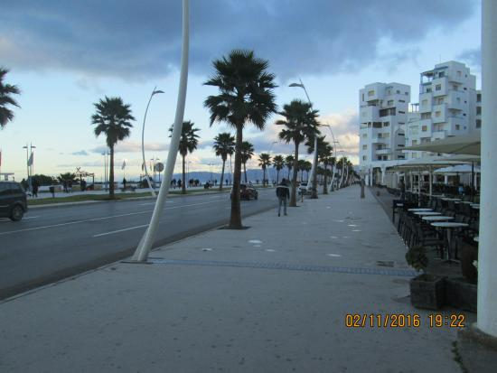 Strandpromenaden i Martil