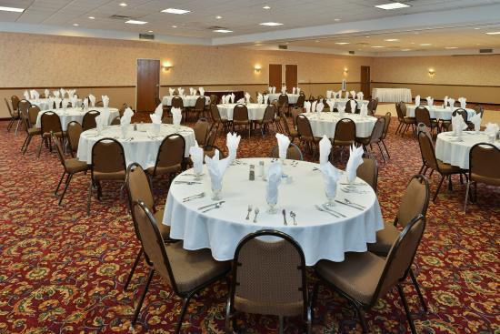 Fort Madison, IA: Ballroom