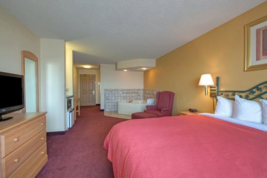 Forest Lake, Minnesota: CountryInn&Suites ForestLake Sutie