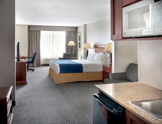 Rensselaer, estado de Nueva York: One King Bed Suite