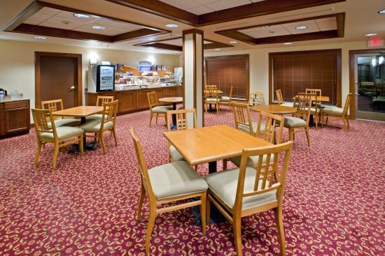 Greenville, OH: Breakfast Bar