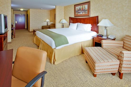 Holiday Inn Express Hotel & Suites Bethlehem Airport - Allentown Area: King Bed Guest Room