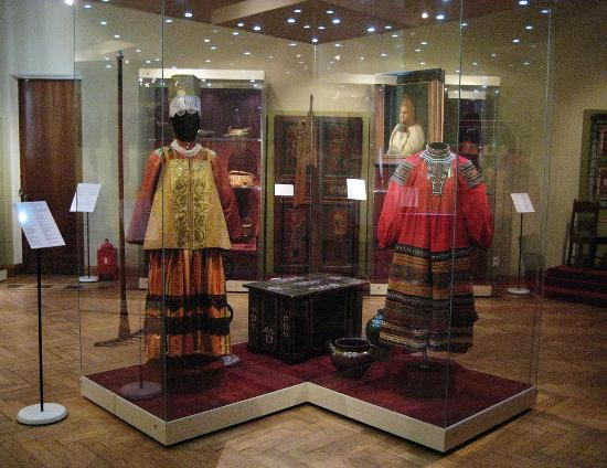 ‪All-Russian Museum of Decorative, Applied and Folk Art‬