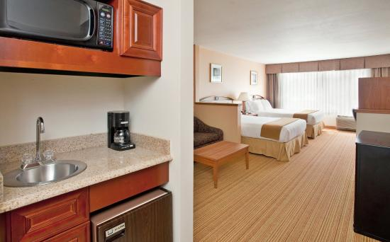 Germantown, WI: Suite