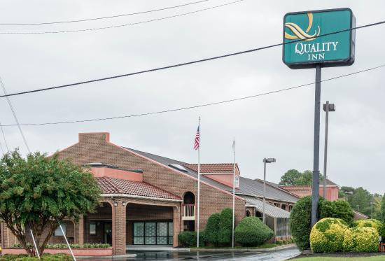 Quality Inn at Fort Lee : VAExterior
