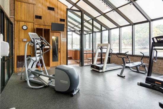 Quality Inn at Fort Lee: Fitness Room