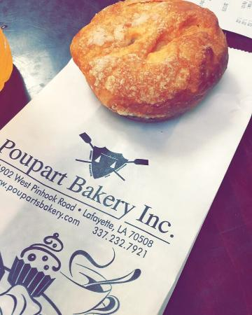 Poupart Bakery: What a yummy and cute place for a quick grab and go breakfast! Very inexpensive and the staff th