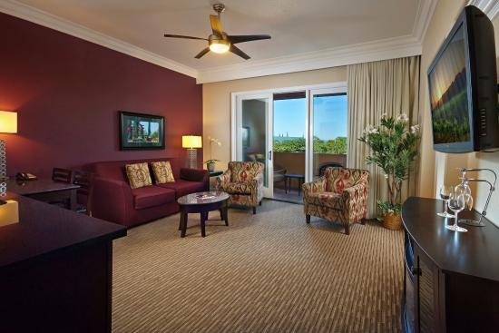South Coast Winery Resort & Spa: Hotel Suite Living Room