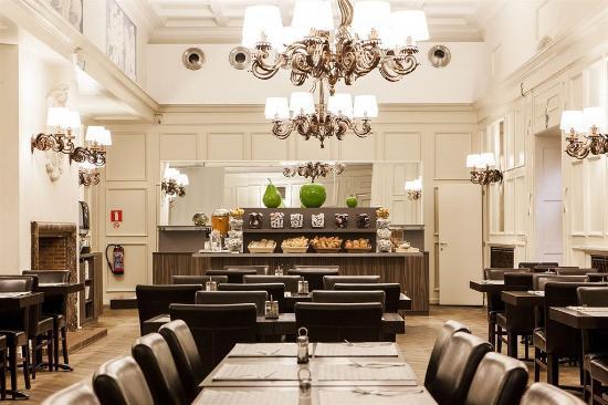 Hotel des Colonies : Breakfast Room