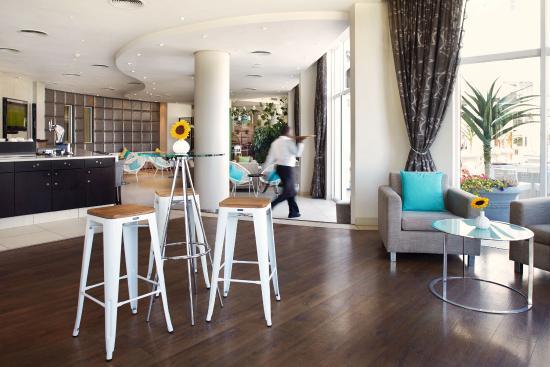 Bantry Bay, Sudáfrica: Bar lounge