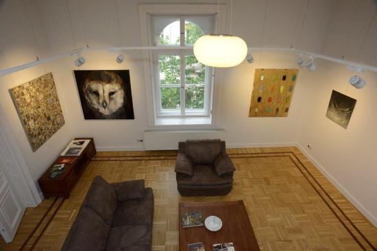 Resident Art Budapest - Tours & Showroom
