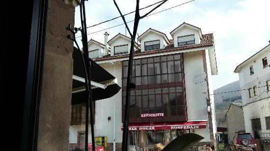 Restaurante-Hostal Gogar