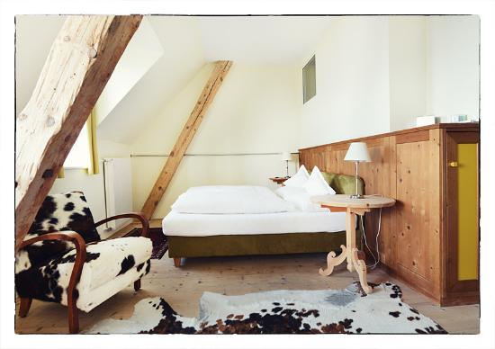 Gasthof Kohlern: Kuhfellzimmer - Stanza pelle di muca - Rooftop room
