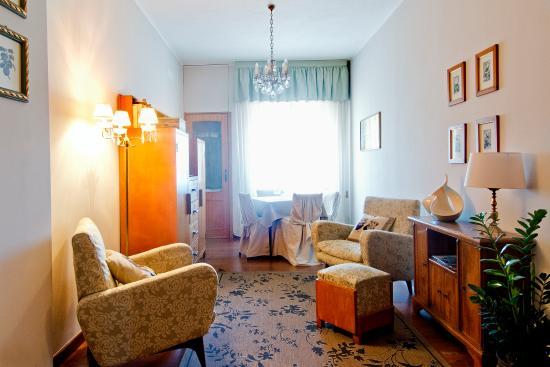 Mimi Rooms
