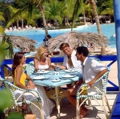 Paradisus Rio de Oro Resort & Spa: Beach