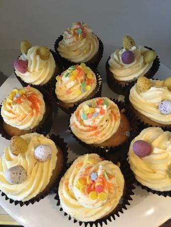 Take A Break Cafe: Cupcakes ready for Easter... Let's celebrate x