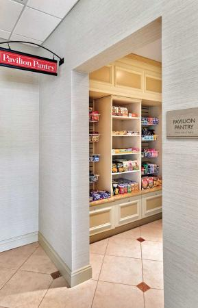 Lakewood, NJ: Pavilion Pantry
