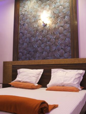 Hotel - Yuvraj Lodge