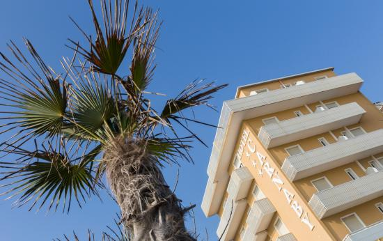 Hotel Carnaby: Facciata Esterna