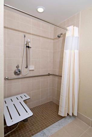 Westampton, NJ: Access Suite Bathroom
