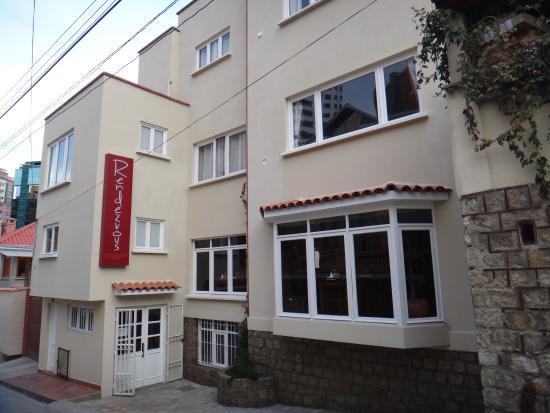 Rendezvous Restaurant : MAIN ENTRANCE -ENTRADA PRINCIPAL